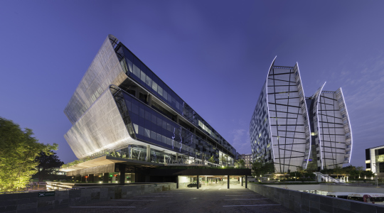 Dynamic lighting through perforated facade NOVELIS