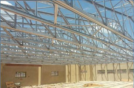 Roof structure installed in a flash MITEK